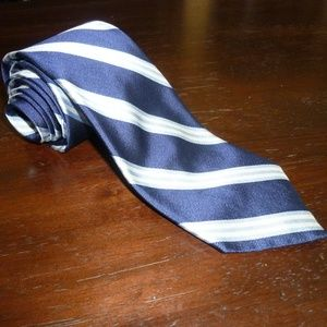 (NWT) Brooks Brothers silk tie